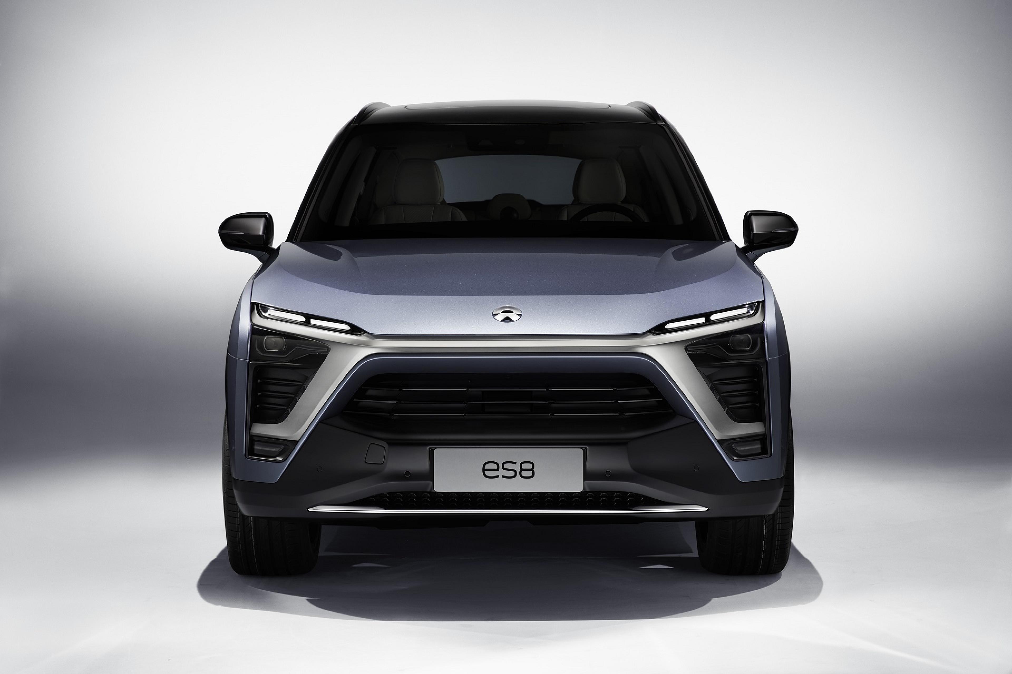 Electric SUV – Nio ES8