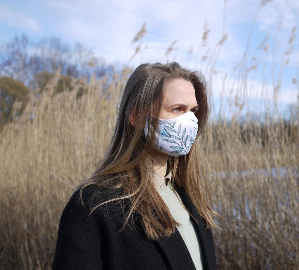 Face mask EcoMogul Magazine 6